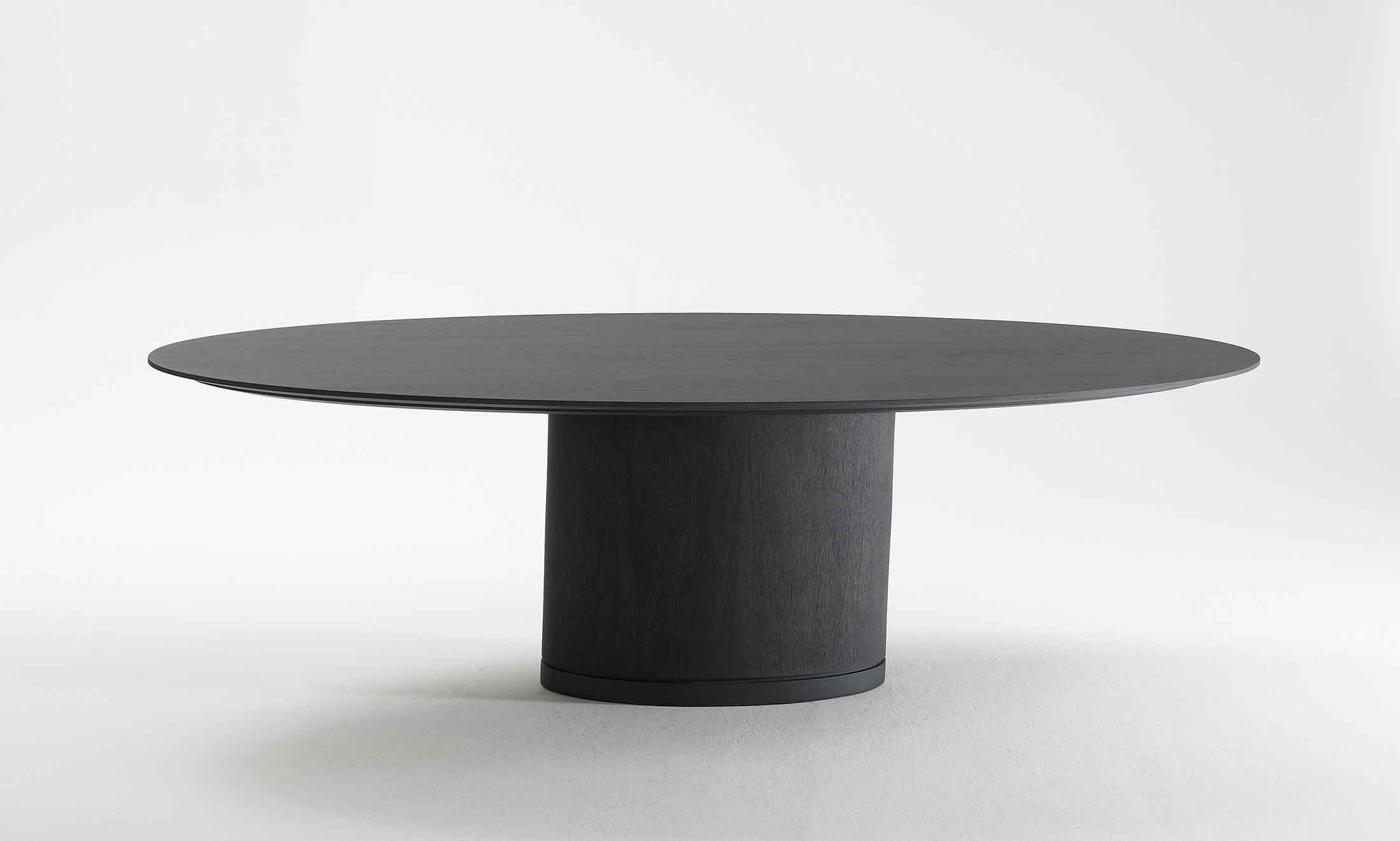 Product Image Spazio Dining Table