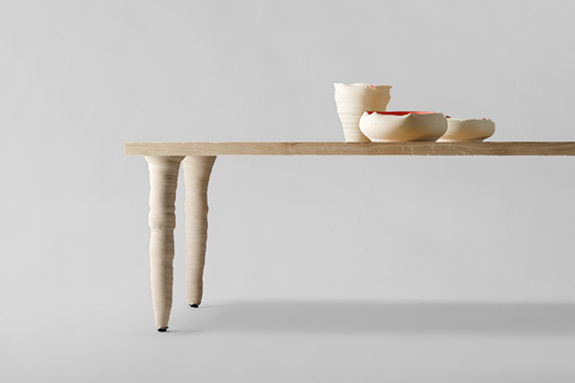 Product Image Fang Table