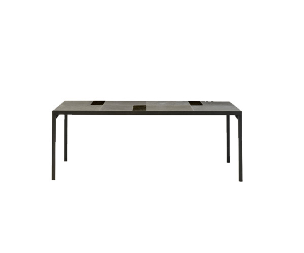 Flat 320 Table    ·