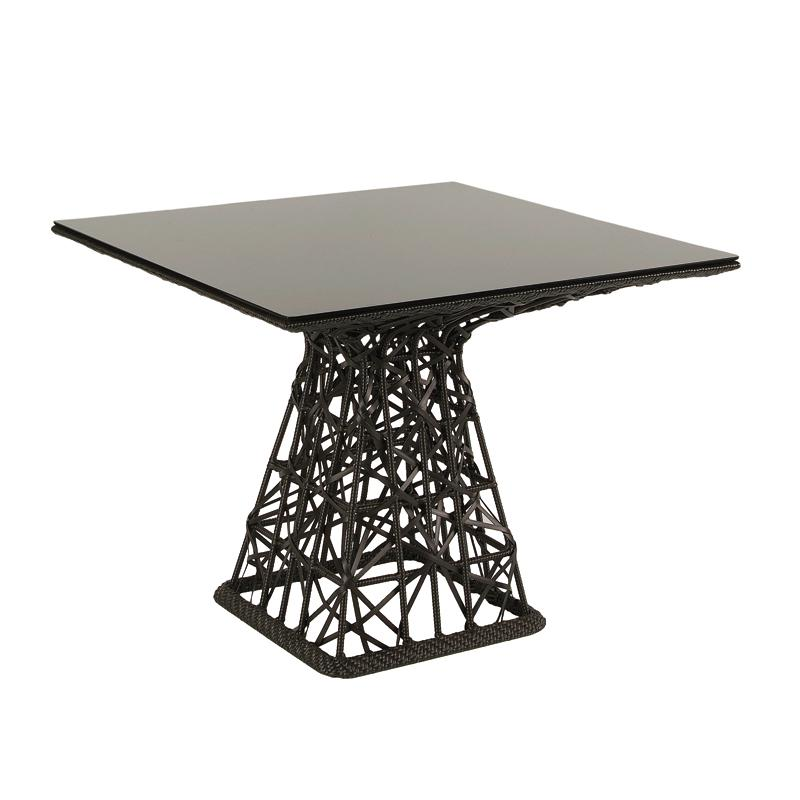 Maia Dining Table    ·