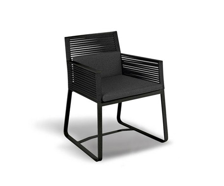 LANDSCAPE DINING Chair w. Arms    ·