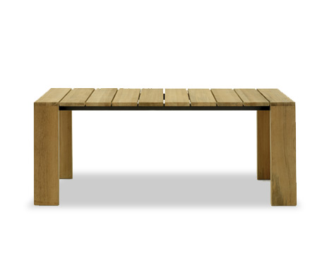Pier 019 table    ·