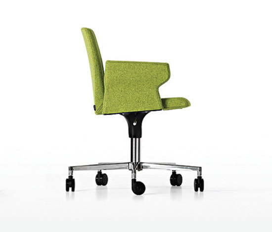 Product Image Plate Chair With Castors