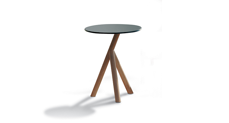 Stork 001 Side Table    ·