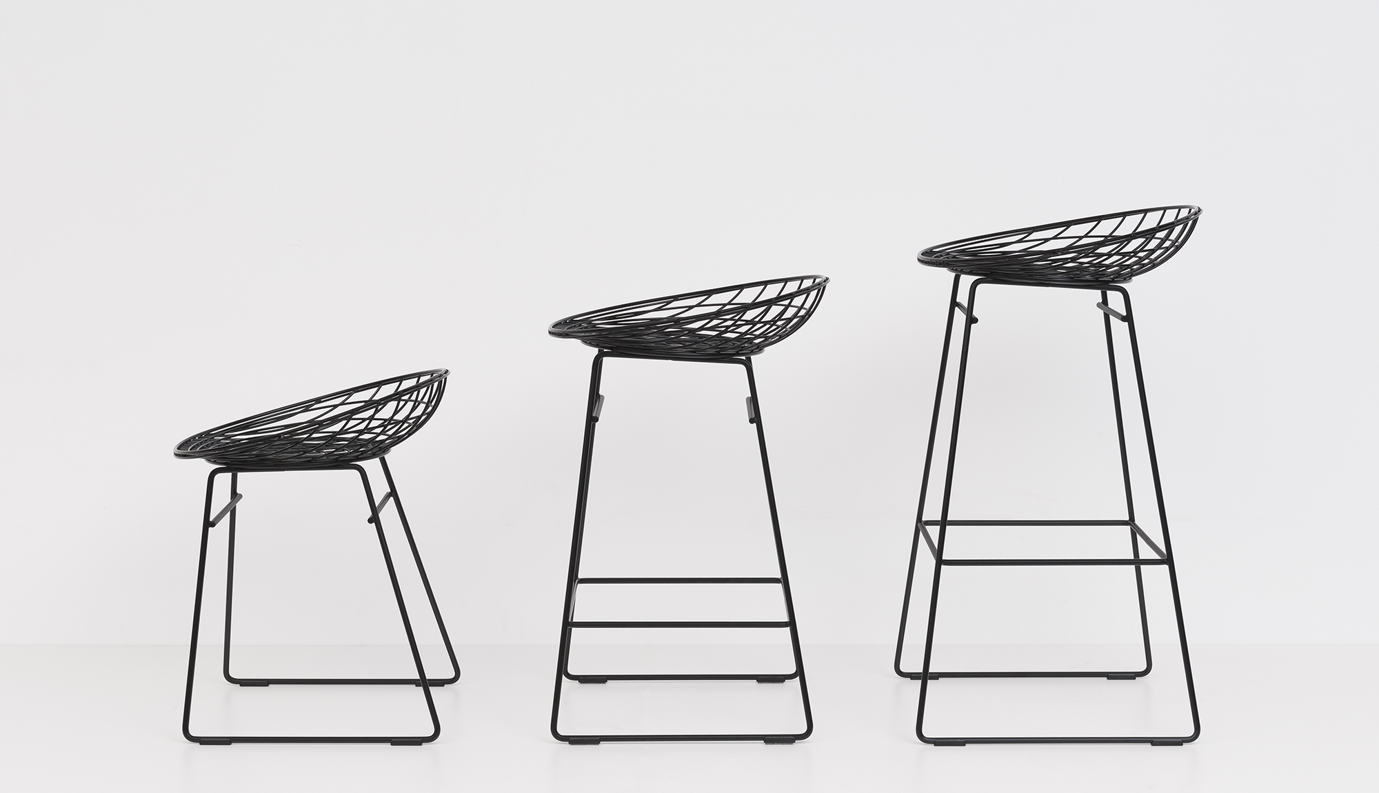 Product Image KM05 WIRE STOOL